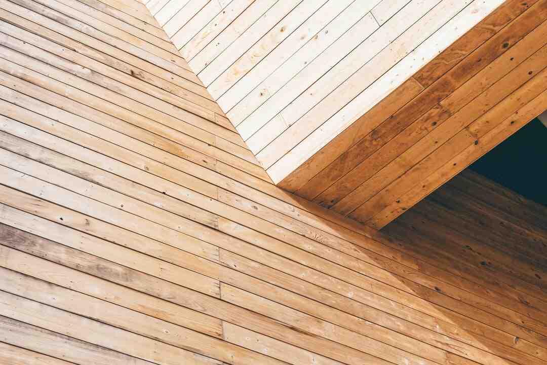 Comment recouvrir des panneaux de bois