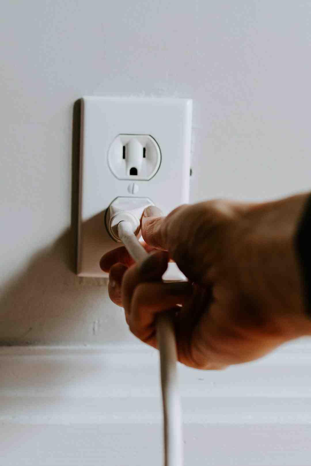 Comment raccorder 2 fils électriques sans domino